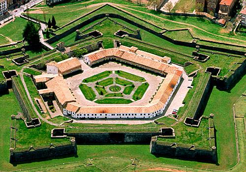 Visita la Ciudadela de Jaca Castillo de San Pedro