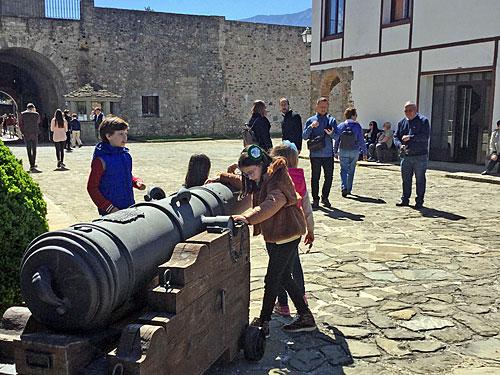 La Ciudadela de Jaca vive la mejor Semana Santa de su historia