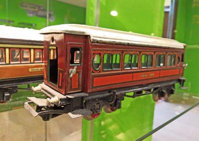 Exposición juguetes antiguos: tren