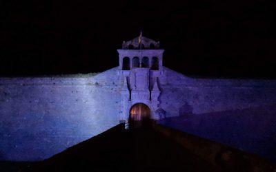 La Ciudadela de Jaca se viste de azul por el #DíaMundialAutismo