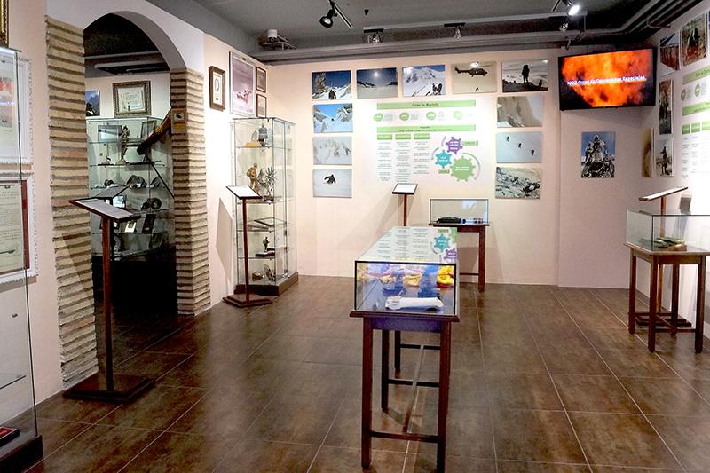 """Museo EMMOE """"Escuela Militar de Montaña y Operaciones Especiales"""". Ciudadela de Jaca"""