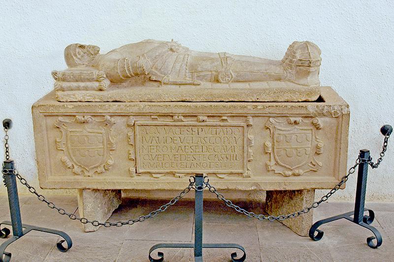 Recuperamos los restos óseos de Juan de Velasco, primer maestre de campo de la Ciudadela