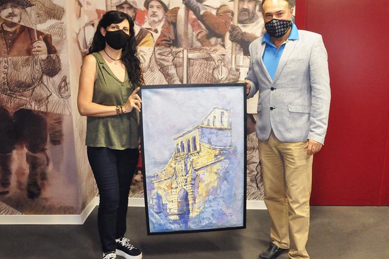 La artista María Gómez dona uno de sus cuadros al Castillo de San Pedro